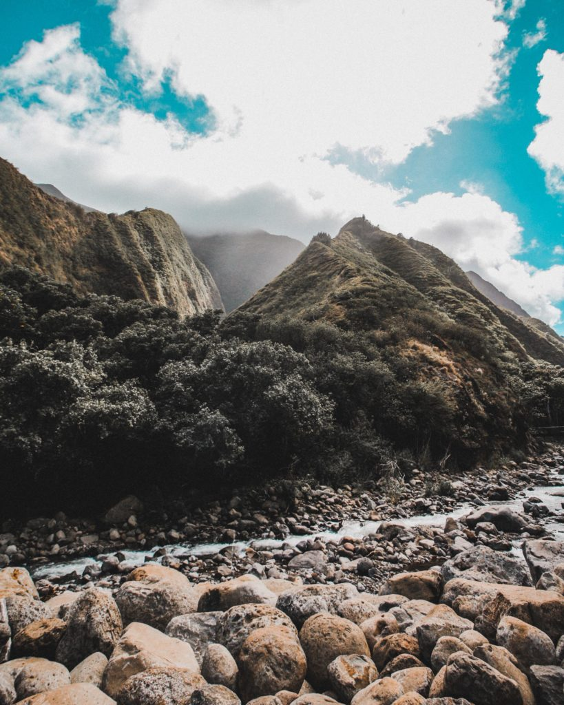 Offbeat Maui Experiences: Hiking in the Iao Valley